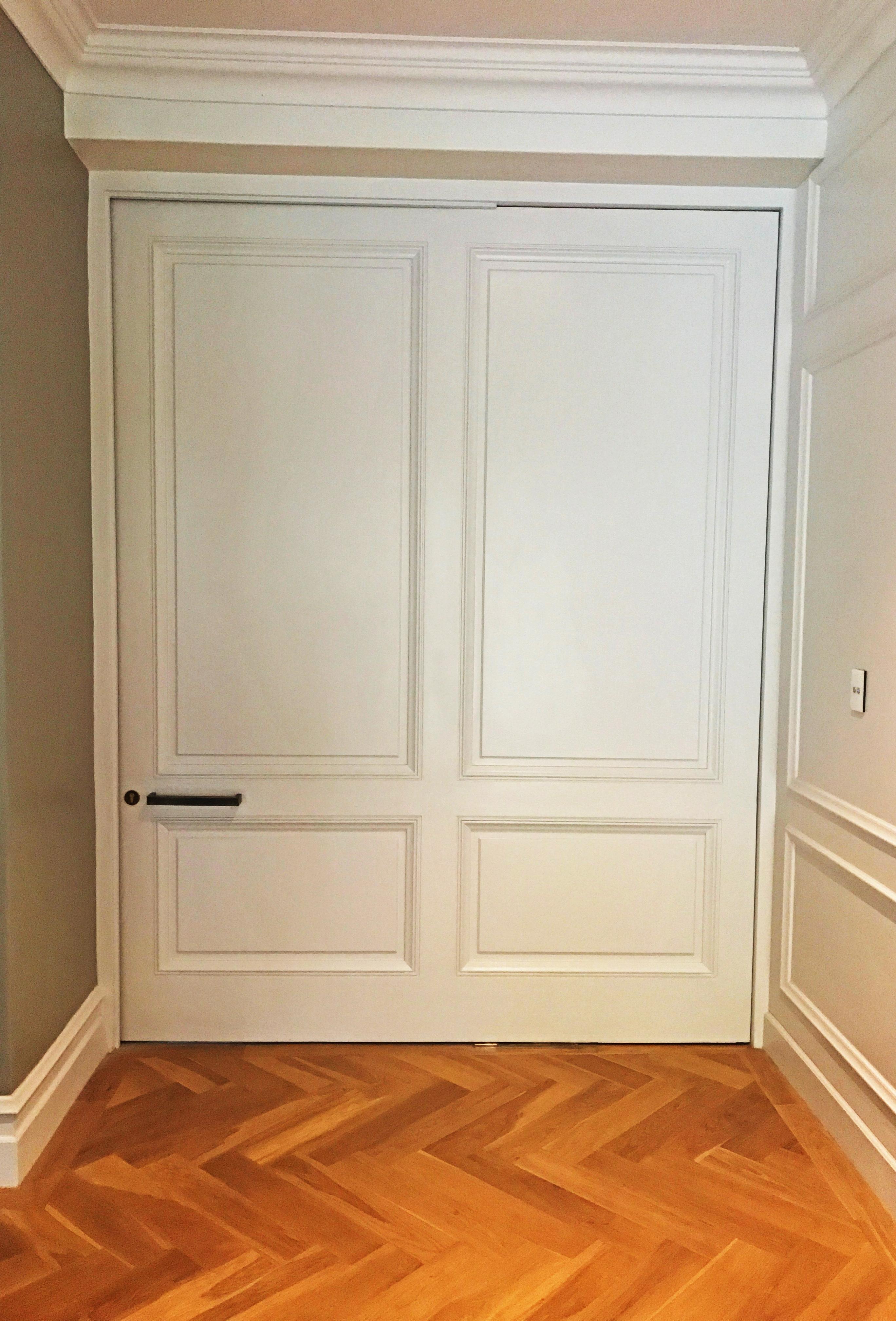 Internal white door gallery