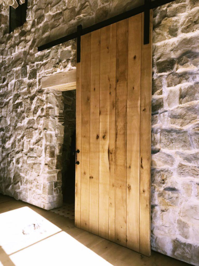 Oak sliding door - gallery